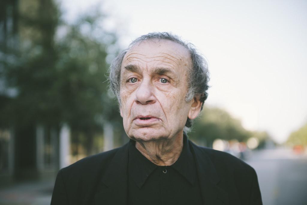 Portrait of Vito Acconci by Gesi Schilling. Photo courtesy of Gesi Schilling.