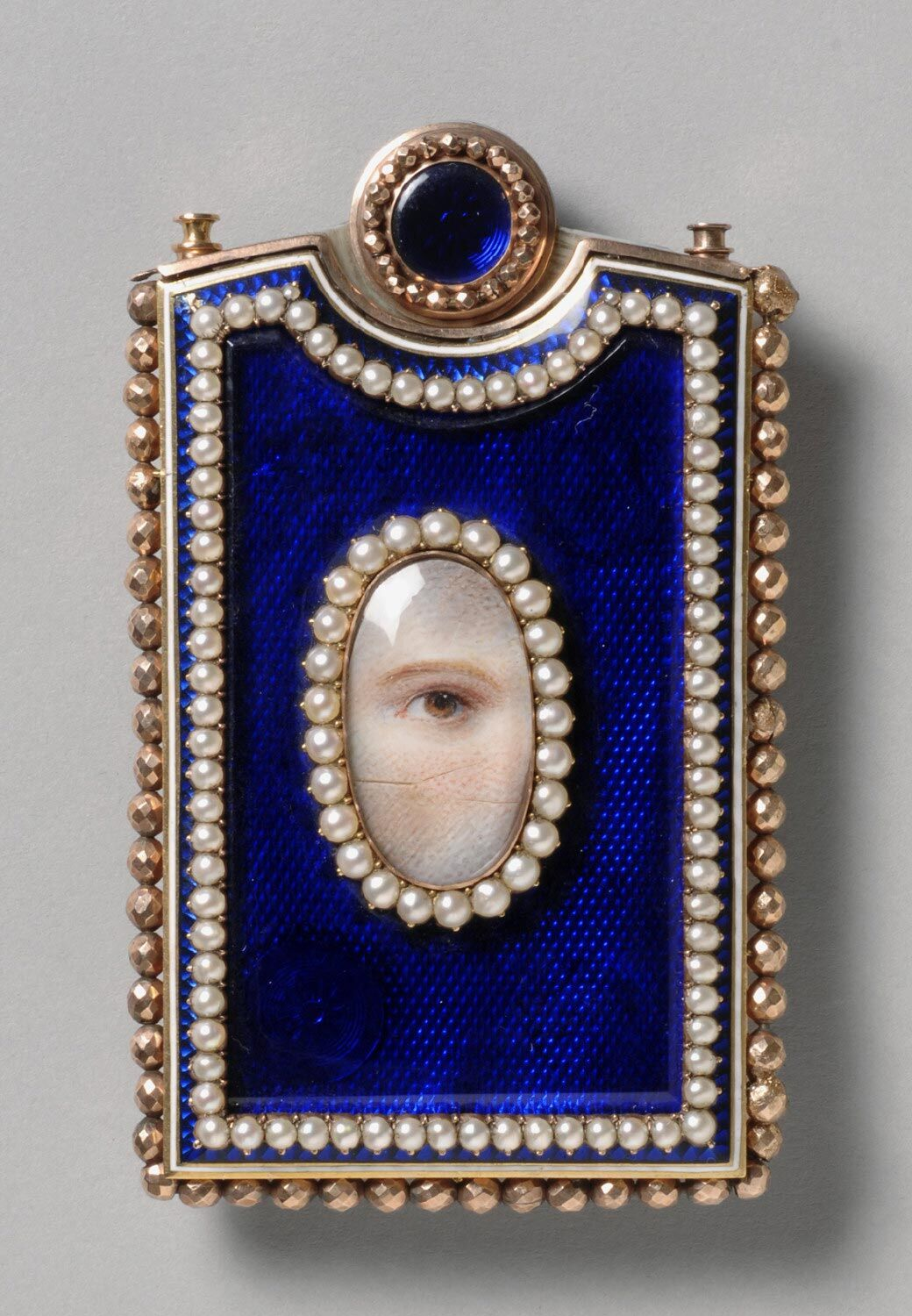 Memorandum Case with a Portrait of a Women's Left Eye. Courtesy of the Philadelphia Museum of Art.