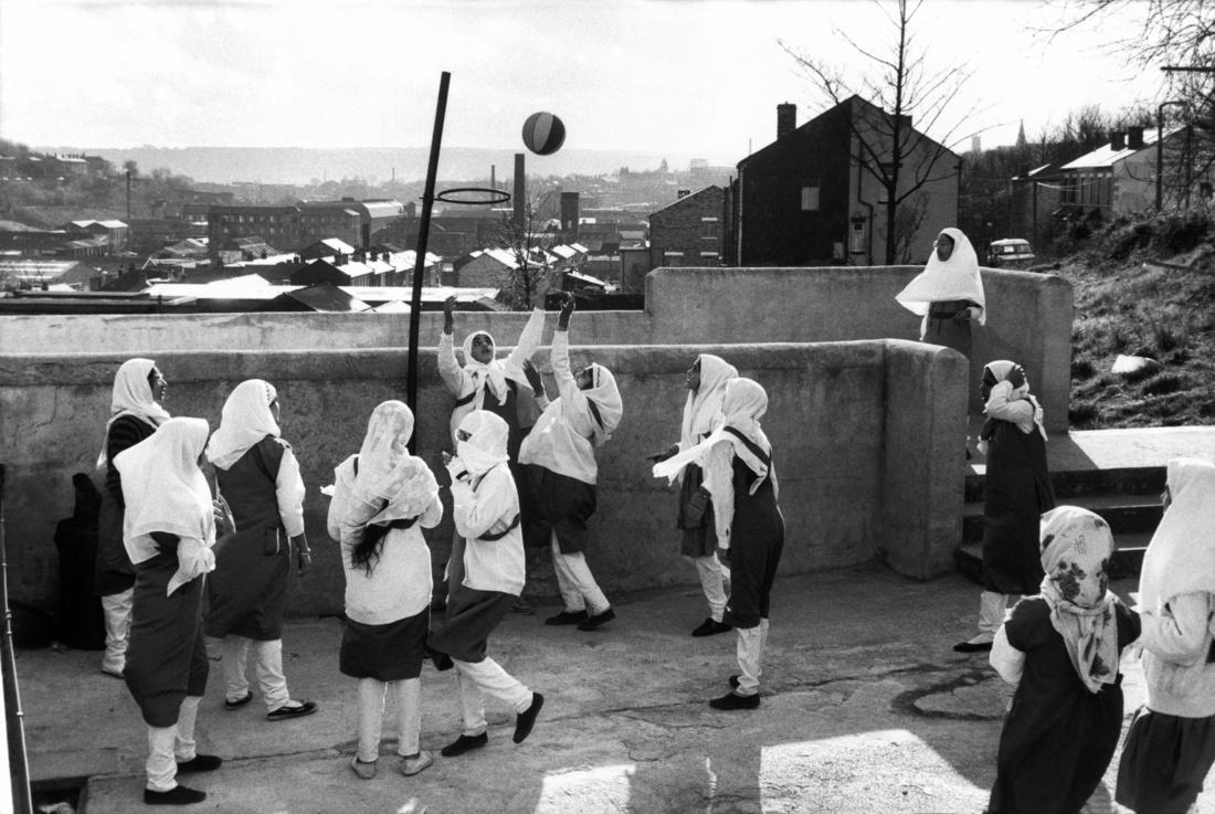 Abbas, At the Zakaria Muslim Girls High School. Batley, Yorkshire, England, GB, 1989. © Abbas / Magnum Photos, courtesy ofArthur Ross Gallery, University of Pennsylvania.