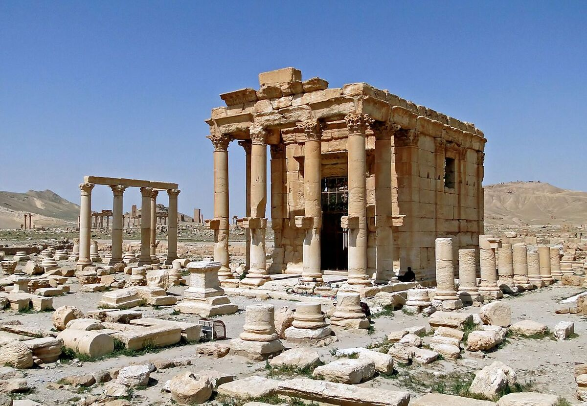 Temple ofBaal-ShamininPalmyra, Syria courtesy Bernard Gagnon via Creative Commons.