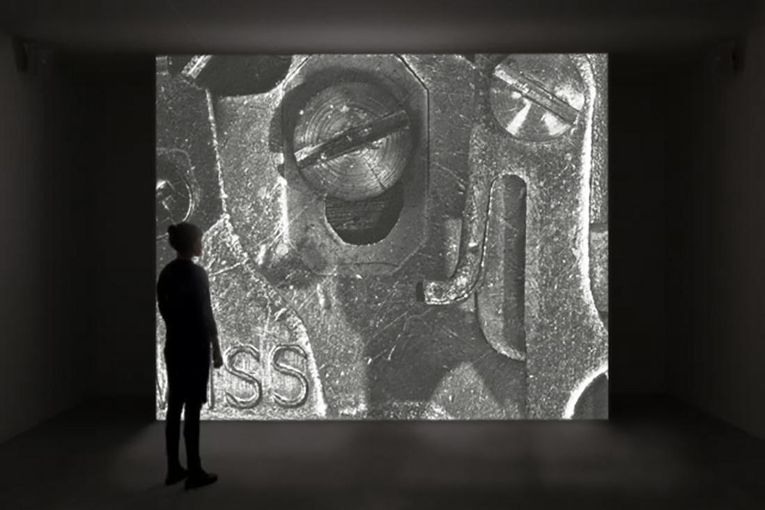"""Installation view of""""Music Box"""" courtesy Galerie Nordenhake.© Jonas Dahlberg"""