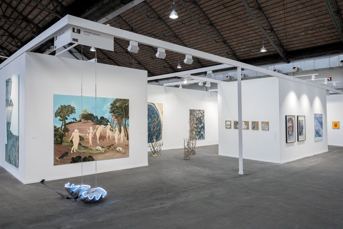 Rodolphe janssen, Art Brussels, installation view, Brussels, Belgium 2017. From left to right: Sam Moyer, Elaine Cameron-Weir, Sanam Khatibi, Douglas Eynon, Adam McEwen, Sam Moyer, Thomas Lerooy, Marcel Berlanger, Léon Wuidar.