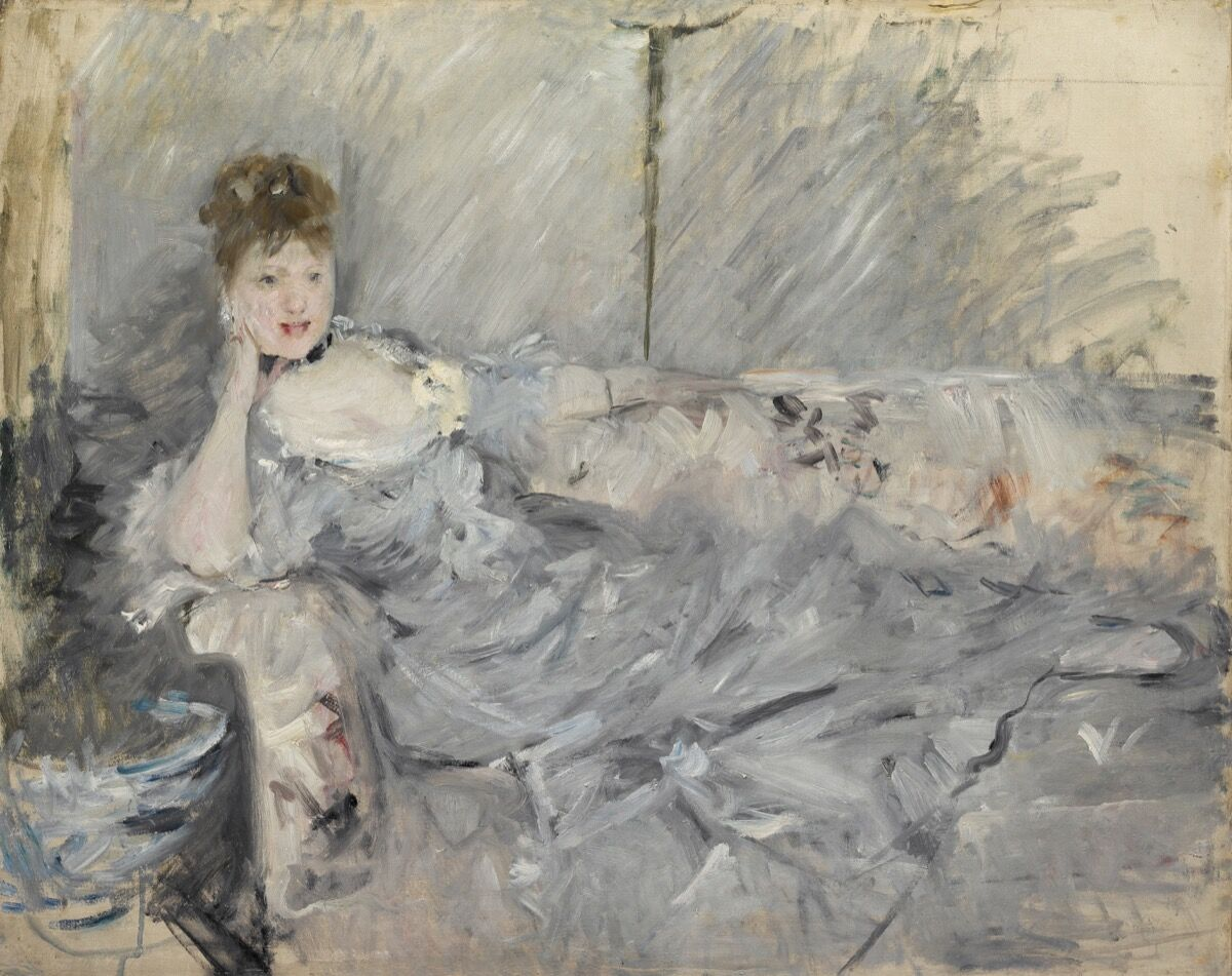Berthe Morisot, Woman in Grey Reading, 1879. Photo by Christina Baraja. Courtesy  of the Barnes Foundation.
