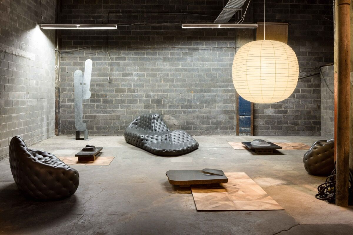Noguchi/Stadler: Waiting Room, installation view, Collective Design Fair, May 2–7, 2017, New York City. Courtesy Robert Stadler / Carpenters Workshop Gallery and Collection of The Isamu Noguchi Foundation and Garden Museum / Artists Rights Society (ARS). Photo: Nicholas Knight.