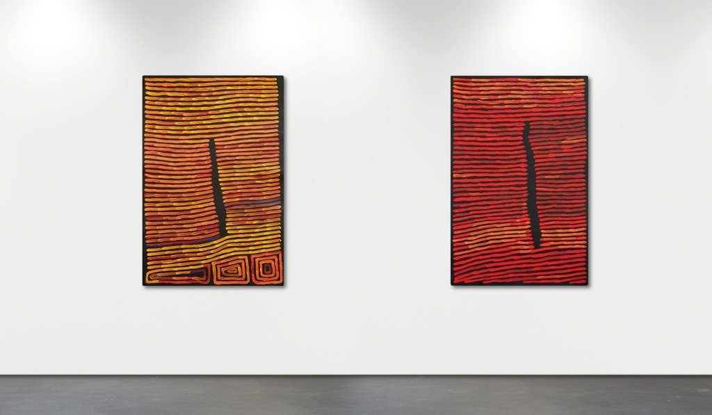 """Installation view of""""40 years of Ronnie Tjampitjinpa,"""" Wentworth Galleries, Sydney. Courtesy Wentworth Galleries and the artist."""