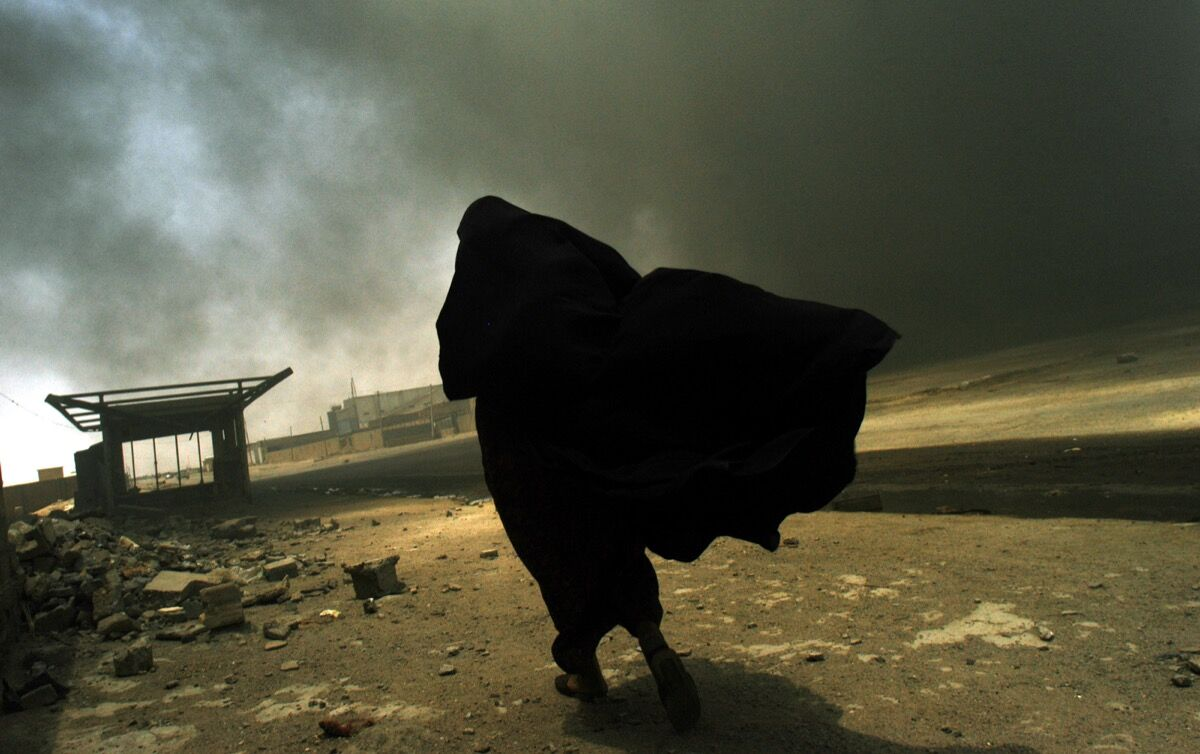 Photo by Lynsey Addario. © Lynsey Addario. Courtesy of the International Center of Photography.