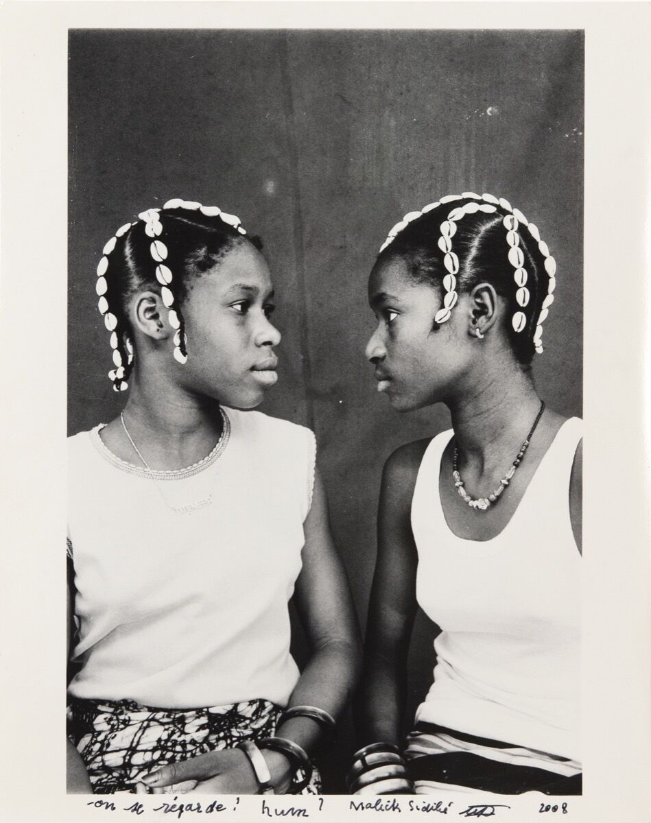 Malick Sidibé, On se regard! hum ?, c. 1970/2008. Courtesy of Jack Shainman Gallery.