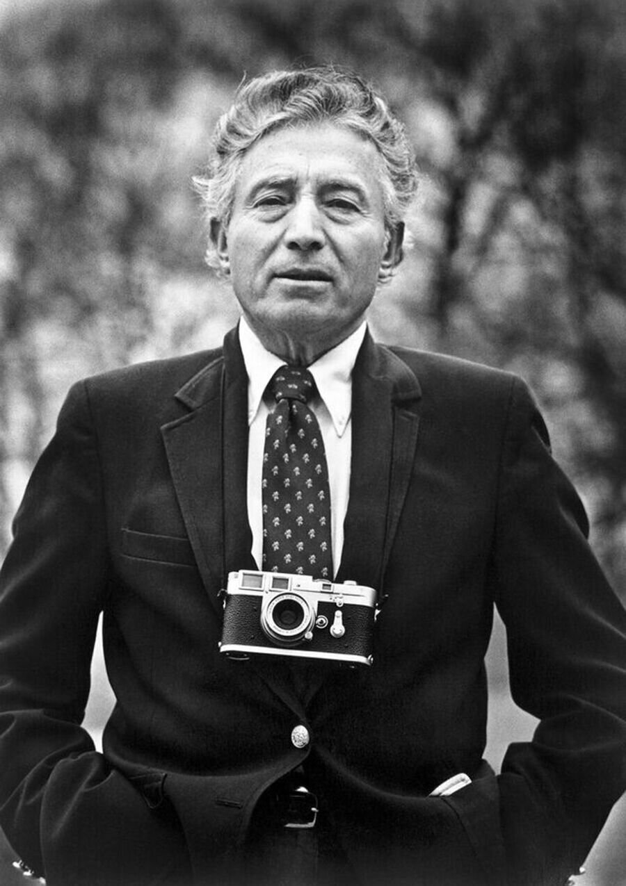 Portrait of Tony Vaccaro by Frank Vaccaro, photographed at their garden in Little Neck New York, 1986. Courtesy Tony Vaccaro Studio.