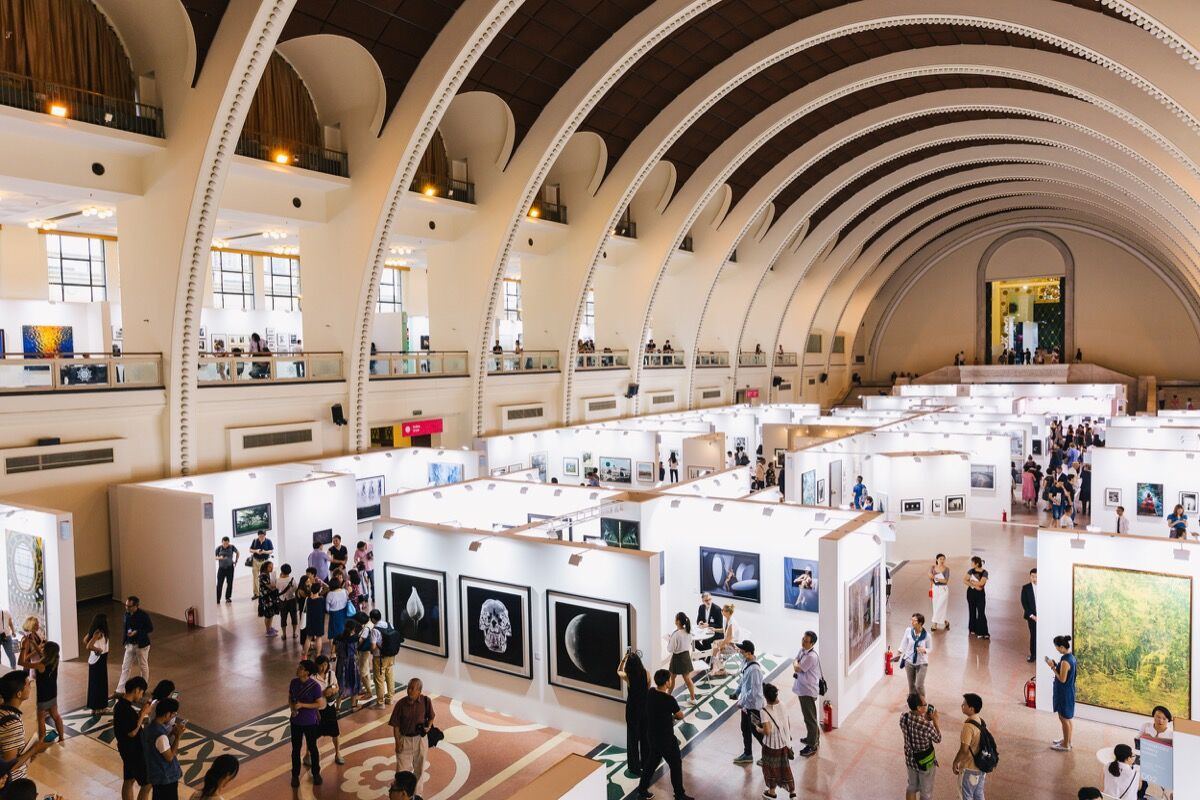 Installation view of Photofairs Shanghai, 2016. Photo by James Ambrose, courtesy of Photofairs.