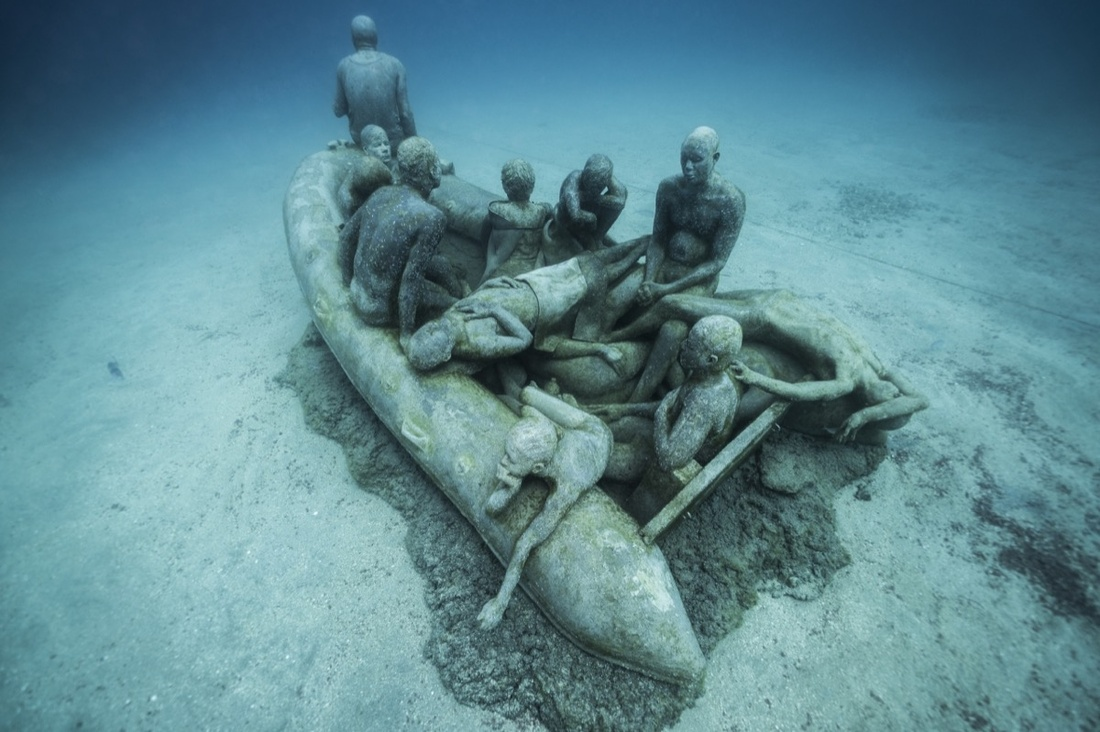 Sculpture and photography by Jason deCaires Taylor.
