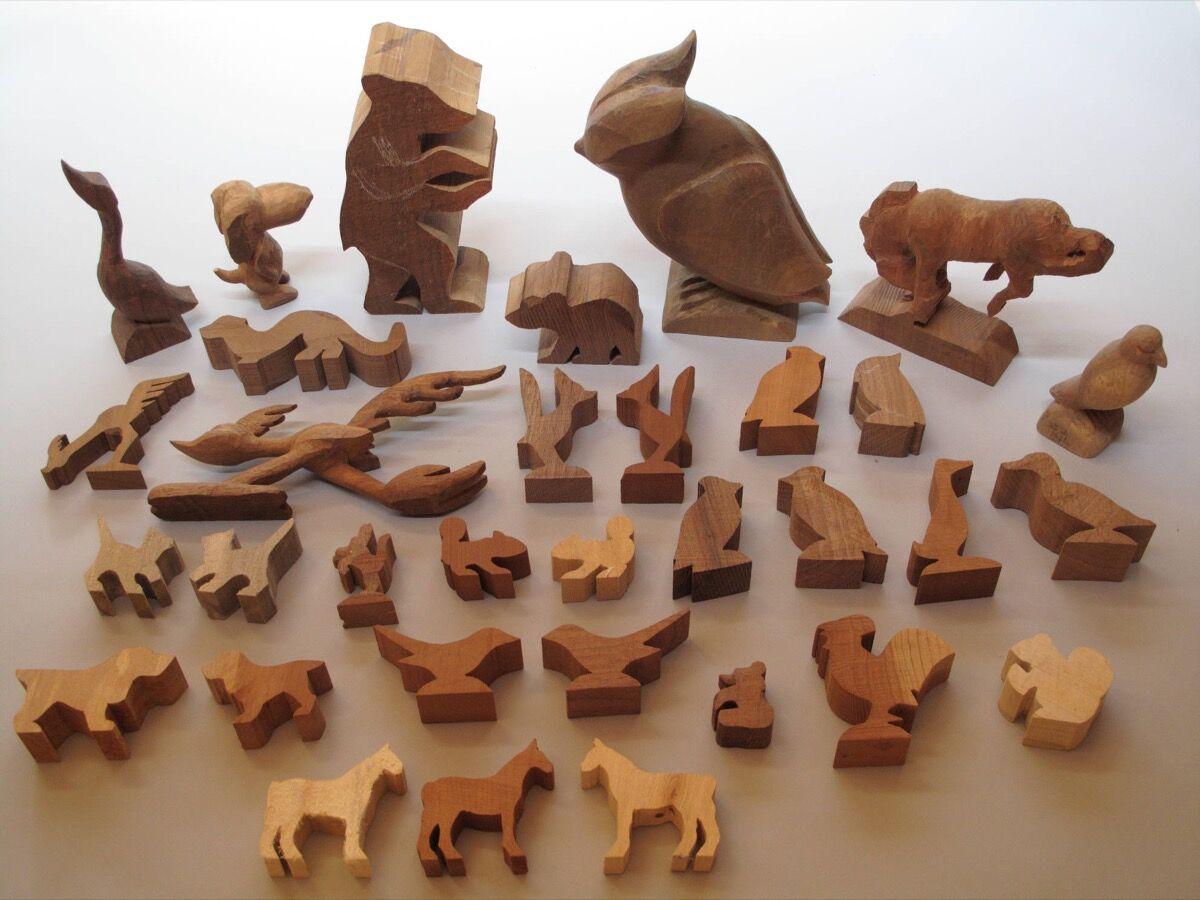 Amanda Crowe's woodcarving kit, Hunter Library Digital Collections, Western Carolina University. Image courtesy of Qualla Arts and Crafts Mutual, Inc.