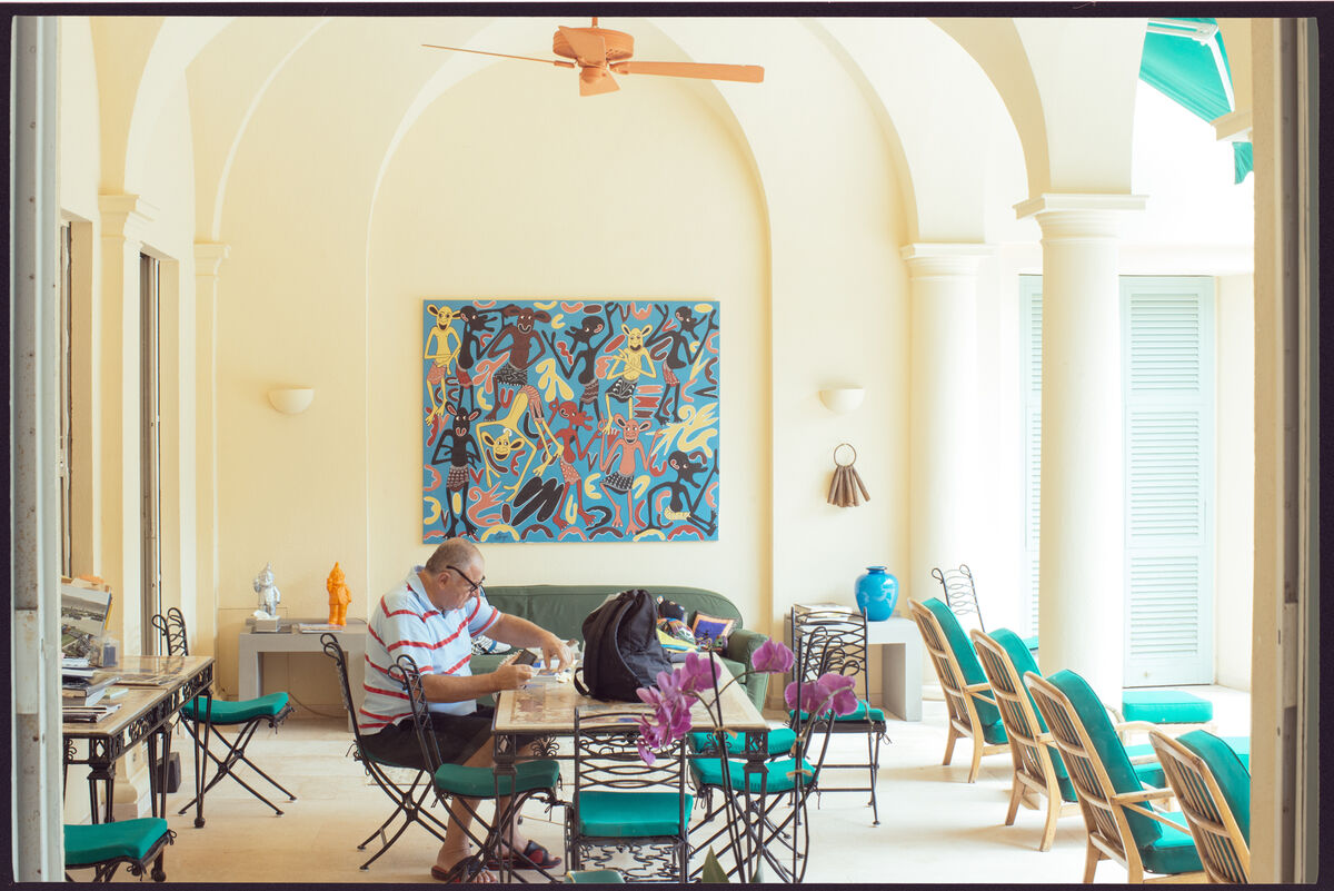 Photo of Jean Pigozzi at hishome inCap d'Antibes byVictor Picon for Artsy.