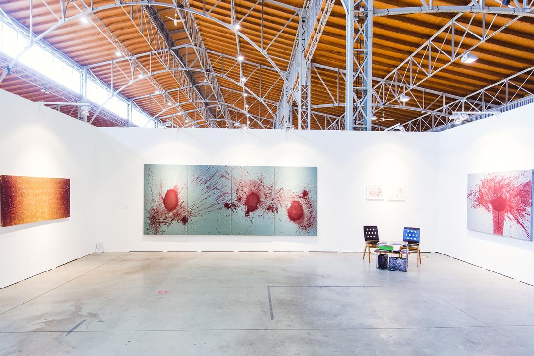 Installation view of Galerie Thaddaeus Ropac's booth at viennacontemporary, 2015. Photo by Aleksander Murashkin, © viennacontemporary.