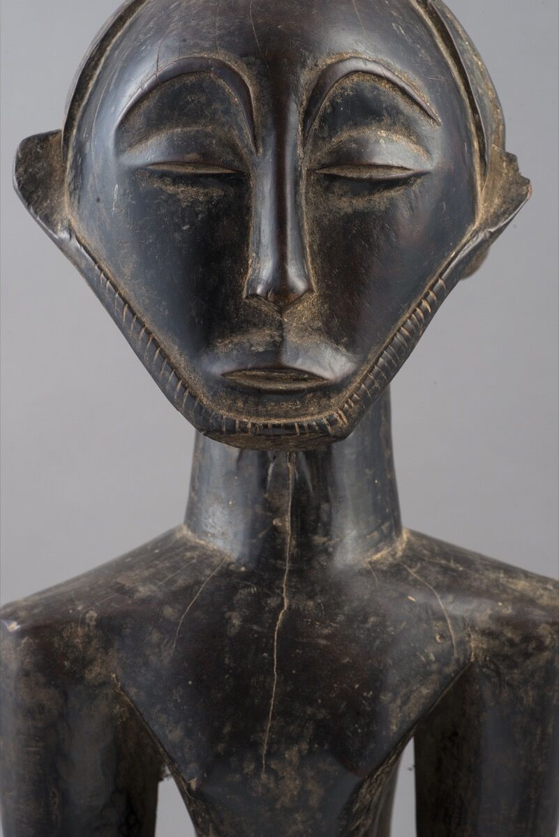 Detail of Hemba people, Commemorative figure, Democratic Republic of Congo, probably 19th century. Photo by Luigi Spina. Courtesy of 5Continents Editions.