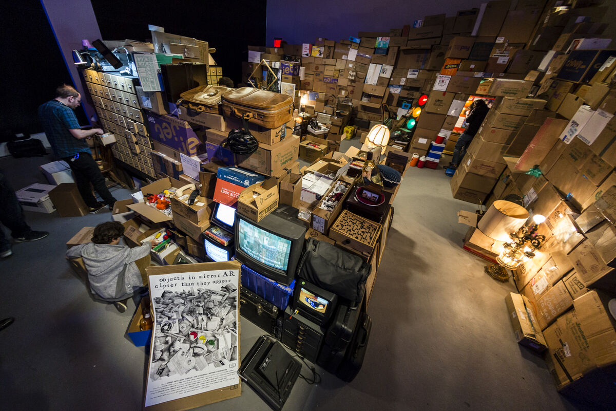 """Installation view of Geoff Sobelle and Sensorium, """"Objects in Mirror AR Closer Than They Appear"""" at Tribeca Film Festival's Storyscapes, New York, 2018. Courtesy of Sensorium."""