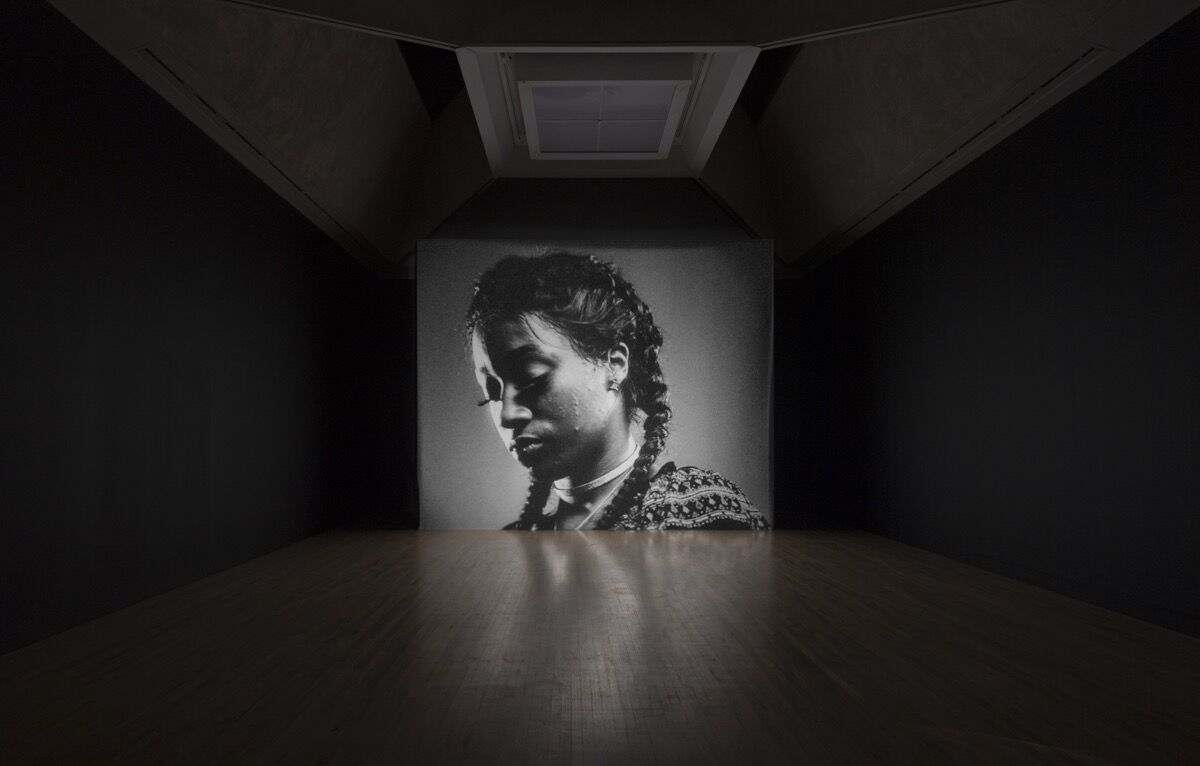 Luke Willis Thompson, autoportrait, 2017. Turner Prize 2018 installation view, Tate Britain. Photo by Tate Photography.