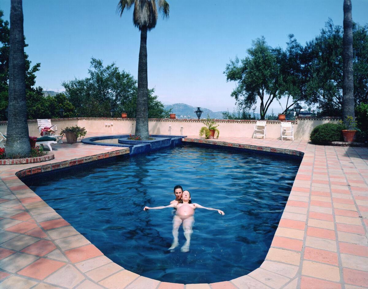 Catherine Opie, Miggi & Ilene, Los Angeles, California (1995).© Catherine Opie. Courtesy of Regen Projects, Los Angeles.