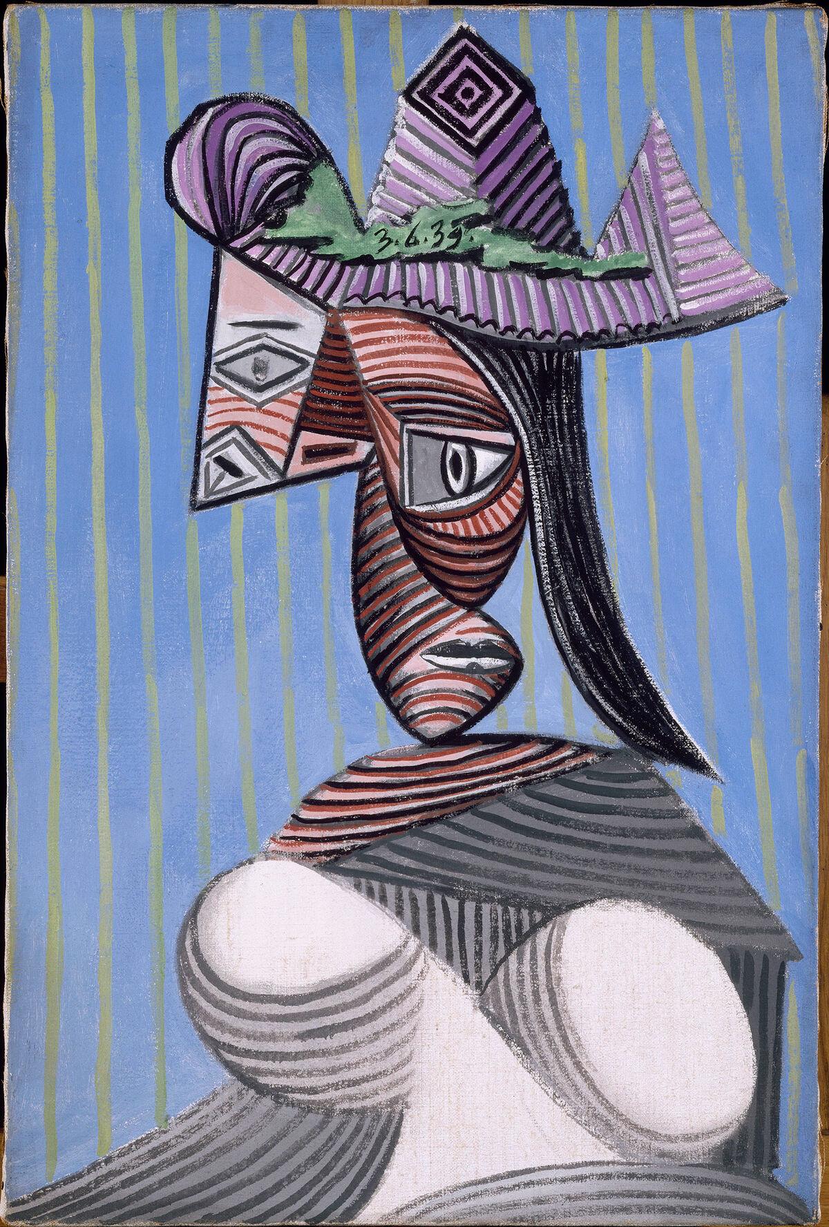 Picasso, Busto de mujer con sombrero de rayas, 1939. Musée Picasso Paris. © Sucesión Picasso. VEGAP, 2017. Courtesy of Museo Nacional Centro de Arte Reina Sofía.
