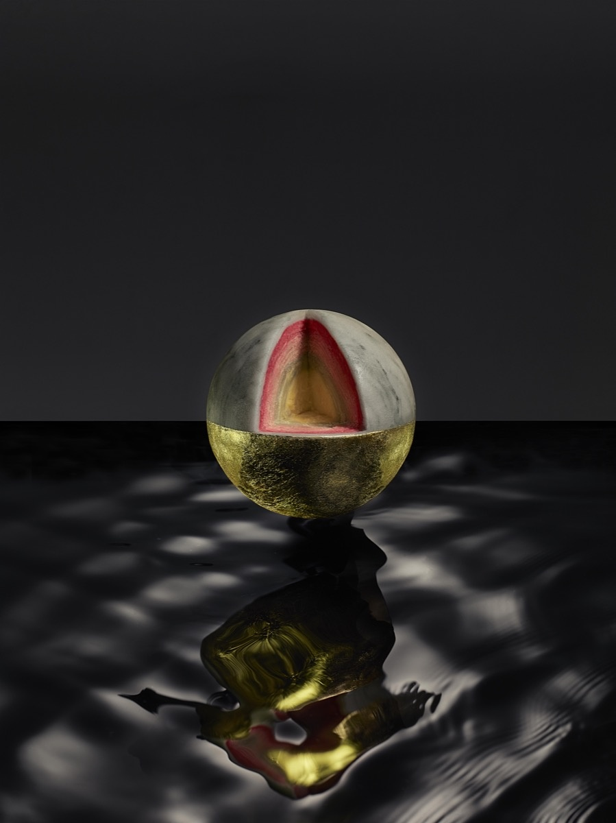 Kia Utzon-Frank, KUFcake, 2016. Spherical cake made with layers of white chocolate ganache and a mousse core, covered in marble-printed marzipan and 24-karat edible gold. Photo by Owen Silverwood.© Kia Utzon-Frank