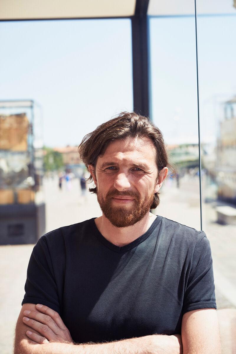 Portrait of Björn Geldhof by Alex John Beck for Artsy.