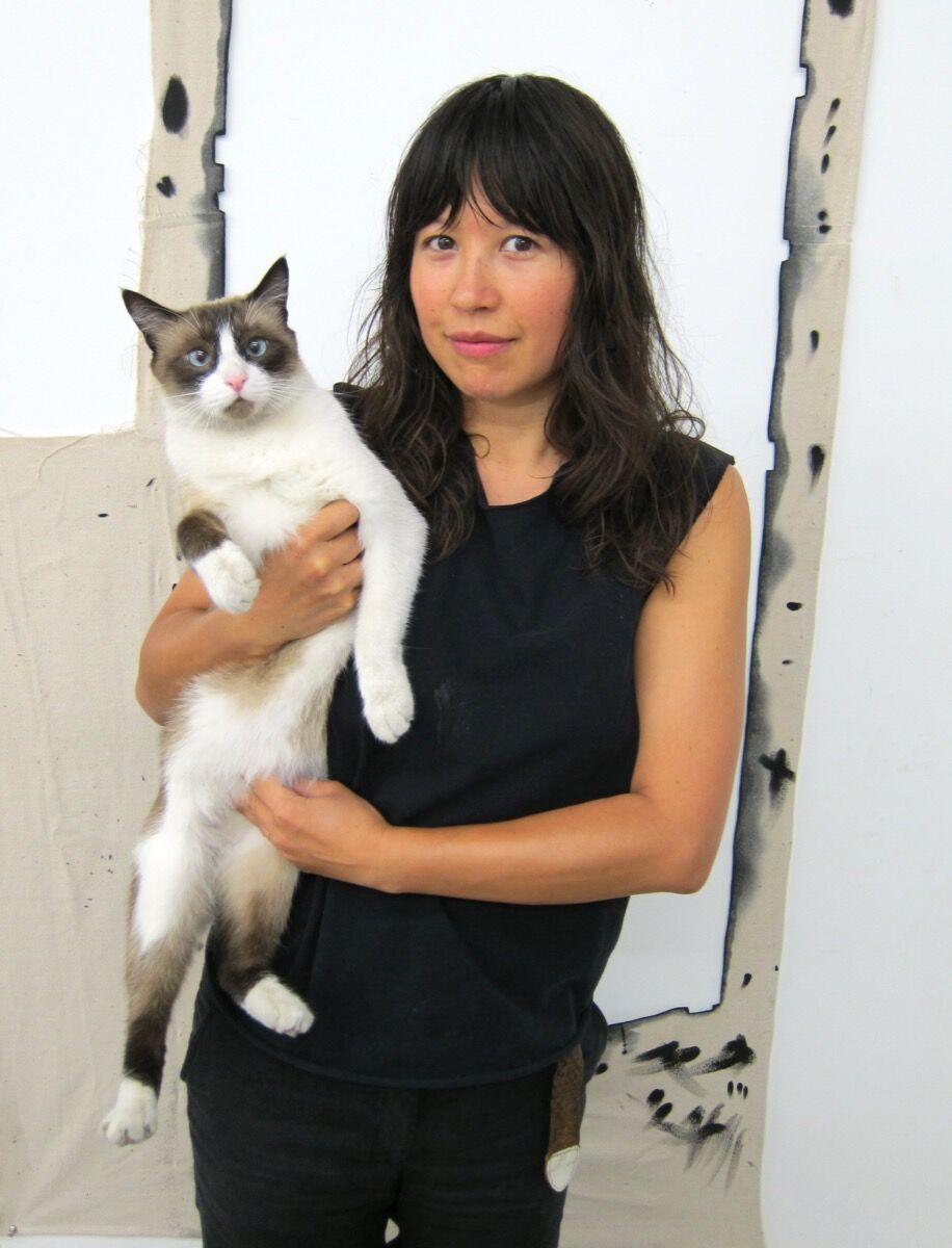 Portrait of Amanda Ross-Ho. Courtesy of the artist.