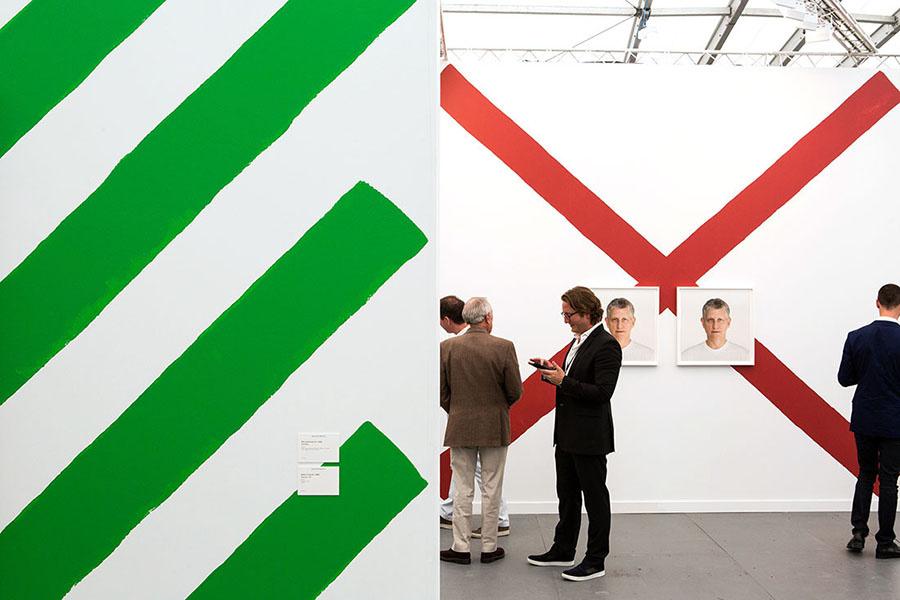Hauser & Wirth's booth at Frieze New York 2015by Marco Scozzaro. Courtesy of Marco Scozzaro/Frieze.