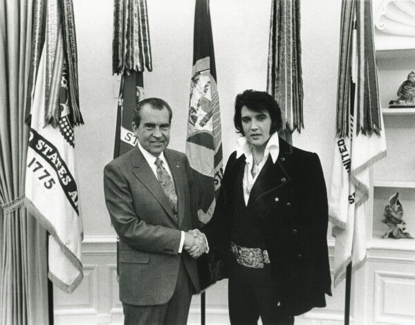 President Richard M. Nixon and Elvis Presley in the Oval Office. Courtesy of the Nixon Presidential Materials Project, National Archives and Records Administration, and the White House Historical Association.