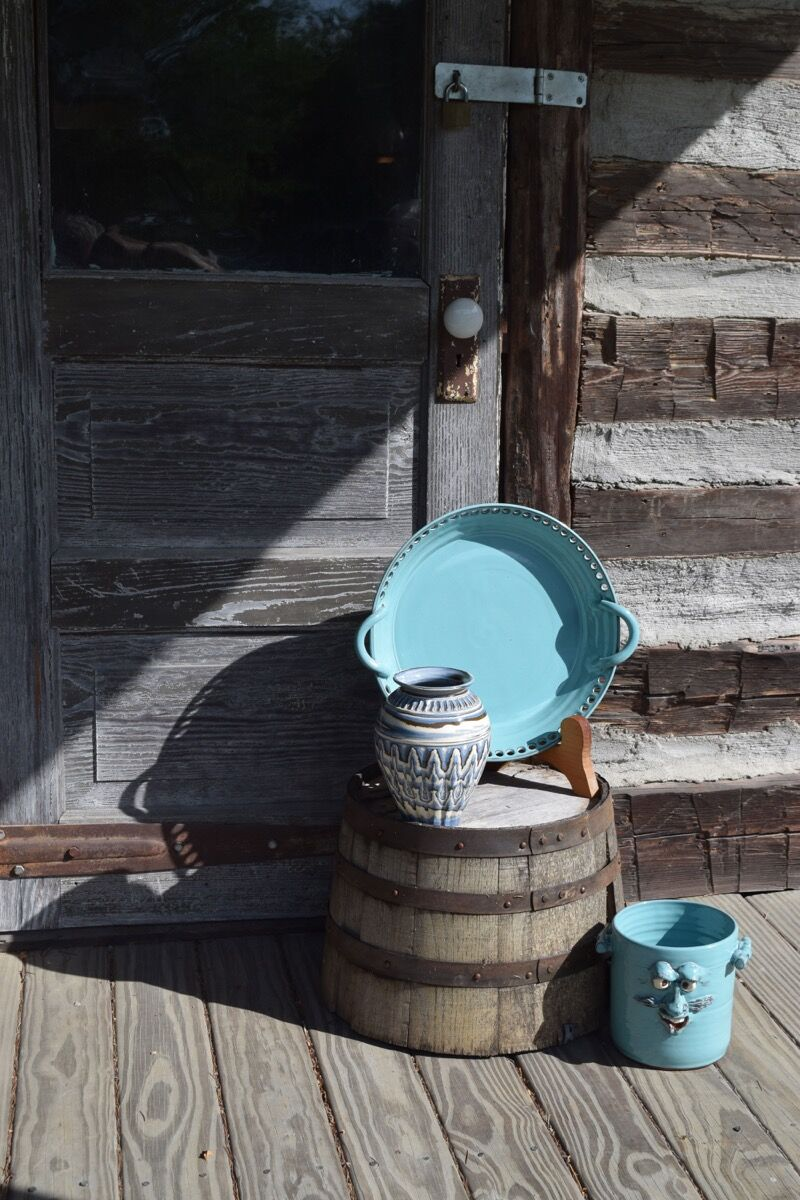 Works at Seagrove Stoneware Inn & Pottery. Photo by Richard Shoenberger.