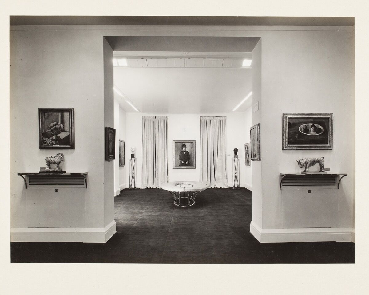 Installation view of Opening Exhibition –Part I of the Permanent Collection (Painting and Sculpture),  November 18, 1931—January 2, 1932. Photo by Samuel H. Gottscho. Courtesy of the Frances Mulhall Achilles Library, Whitney Museum of American Art, New York.