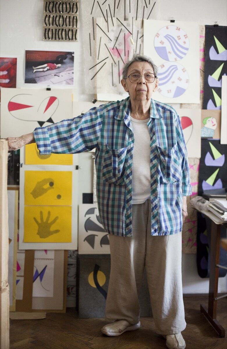 Geta Brătescu in her studio, 2015. Photo by Stefan Sava. © Geta Brătescu. Courtesy of the artist and Hauser & Wirth.