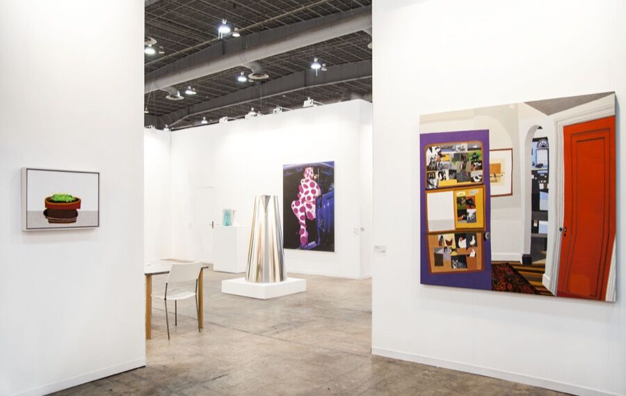 Installation view of Gagosian's booth at ZsONA MACO, 2016. Courtesy of Gagosian.