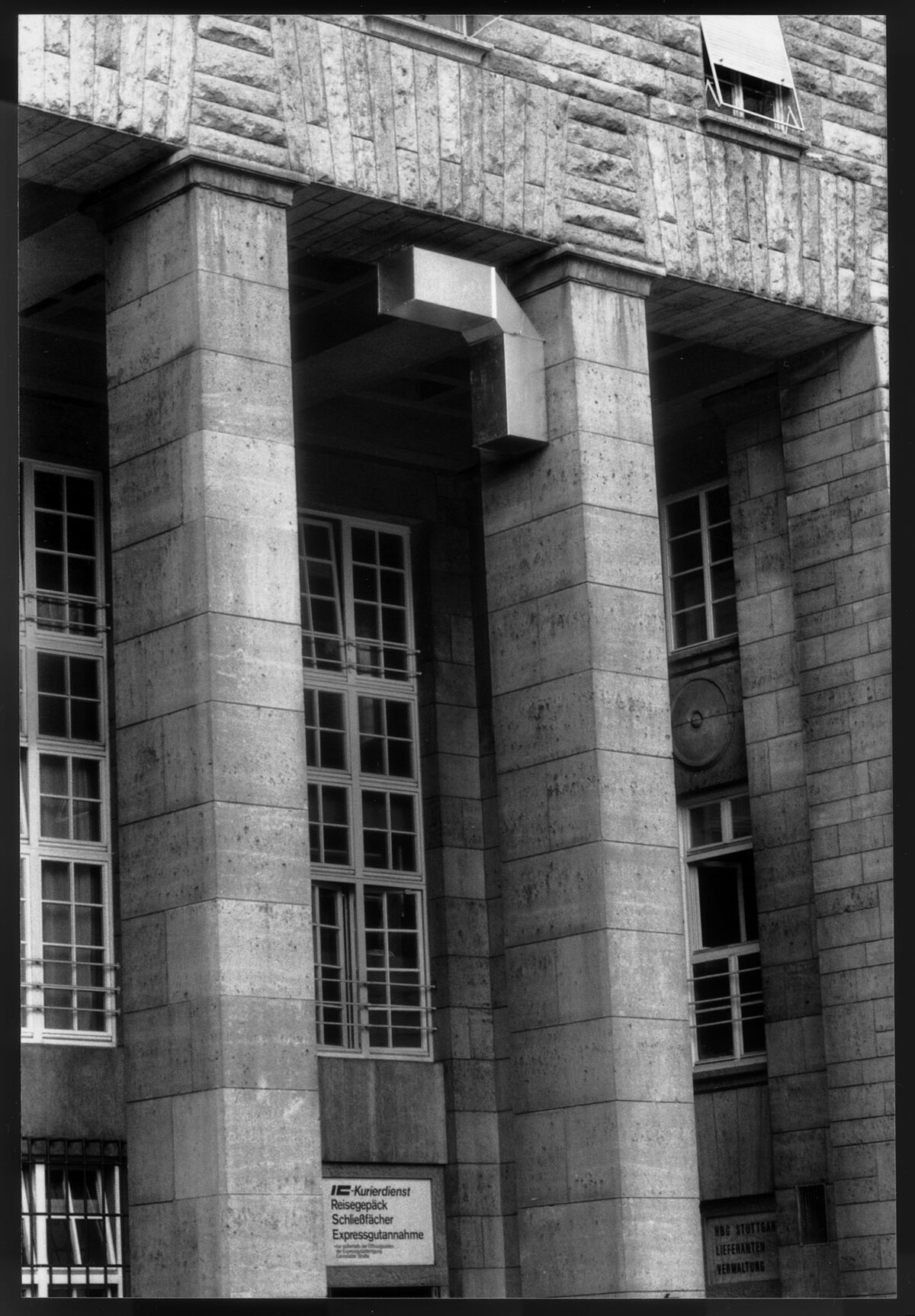 Installation view of Charlotte Posenenske, Vierantrohr (Square Tube), Series D, 1967, at Main Station Stuttgart, 1989. © Estate of Charlotte Posenenske. Photo by Dr. Burkhard Brunn, Frankfurt am Main. Courtesy of the Estate of Charlotte Posenenske; Mehdi Chouakri, Berlin; and Peter Freeman, New York.