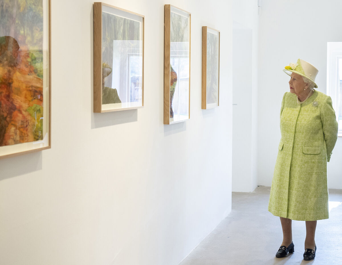 """Her Majesty The Queen during a tour of """"Catherine Goodman. Eve"""" with the artist. Photo by Sim Canetty-Clarke."""