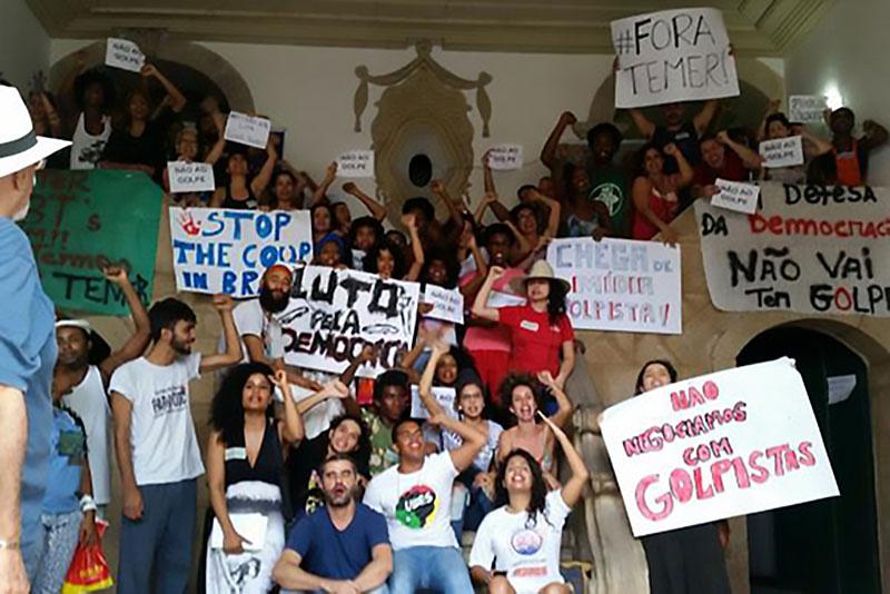 Protestors against the Temer administration. PhotoSayonara Moreno / Agência Brasil.