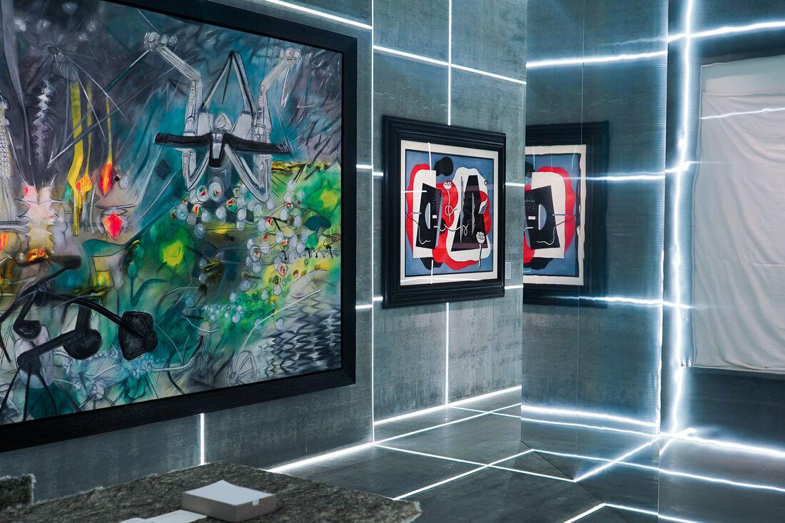 Galerie Gmurzynska - TEFAF New York Spring; Photography by Kirsten Chilstrom.