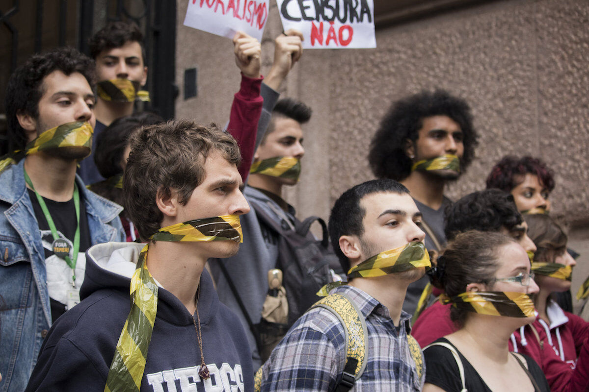"""A protest in September 2017 following the closure of the """"Queermuseu"""" exhibition at the Santander Cultural Center in Porto Alegre, Brazil. Photo by Clara Godinho/Editorial J, via Flickr."""