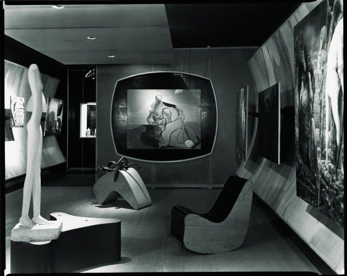 Berenice Abbott, Surrealist Gallery, Art of This Century, 1942. Courtesy of Solomon R. Guggenheim Foundation, Venice. Purchased with funds donated by Alberto and Gioietta Vitale, the Guggenheim Circle of the Peggy Guggenheim Collection, Sotheby's, and through prior gifts of the M.R. Taylor Bequest and Asbjorn Lunde, 2016.