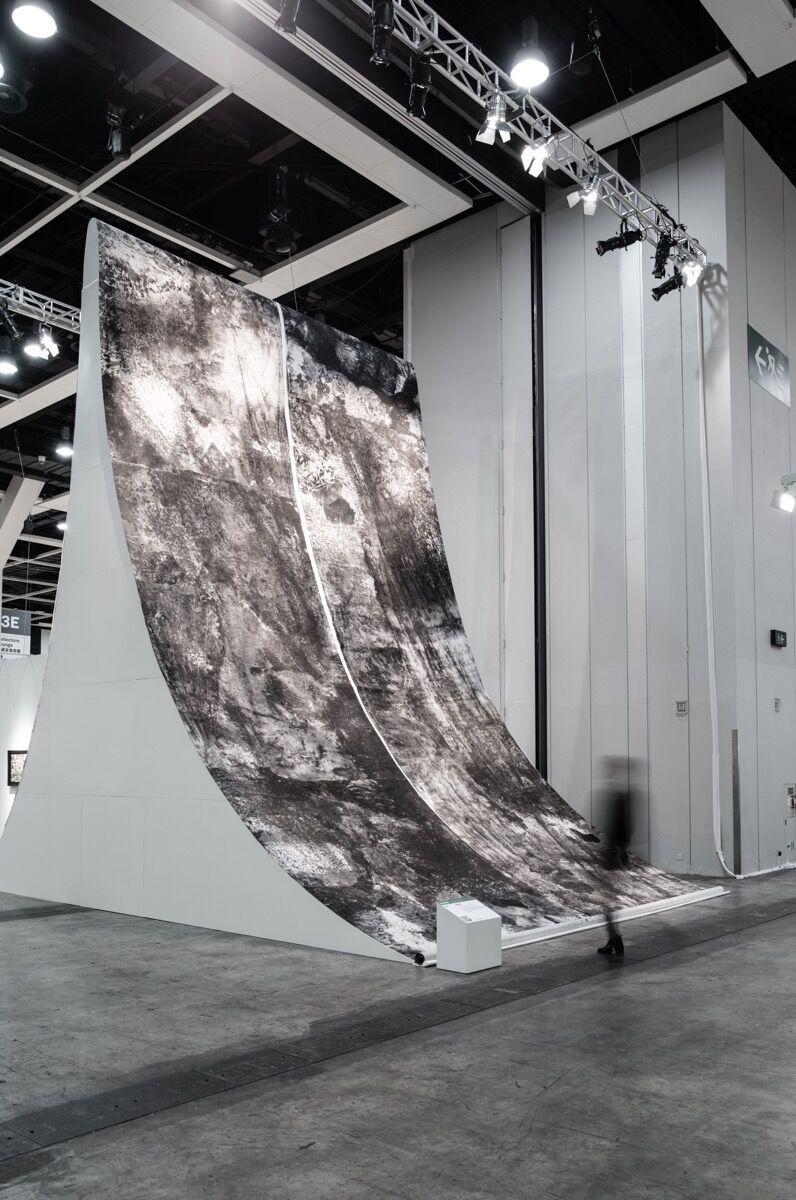 """Installation view of Bingyi's """"Metamorphosis"""" at Art Basel in Hong Kong, 2017. Photo courtesy of Art Basel."""