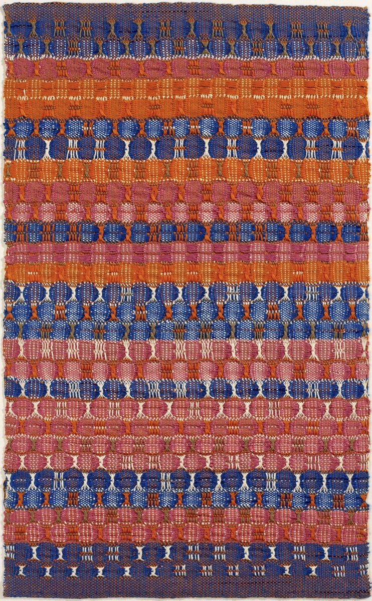 Anni Albers, Red and Blue Layers, 1954. © 2017 The Josef and Anni Albers Foundation / Artists Rights Society (ARS), New York. Courtesy of Guggenheim Museum Bilbao.