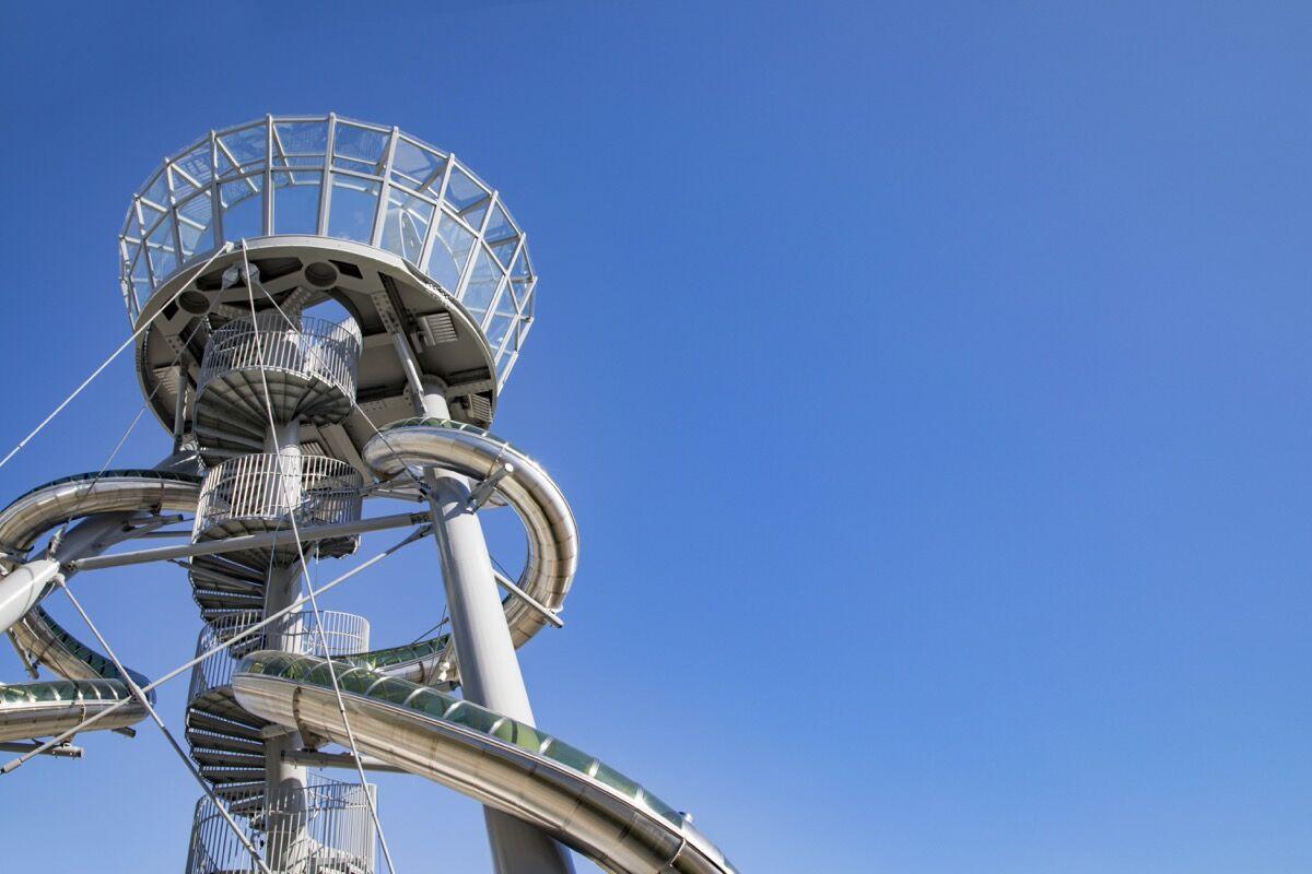 Carsten Höller, Aventura Slide Tower, Miami Florida. Courtesy of the artist.