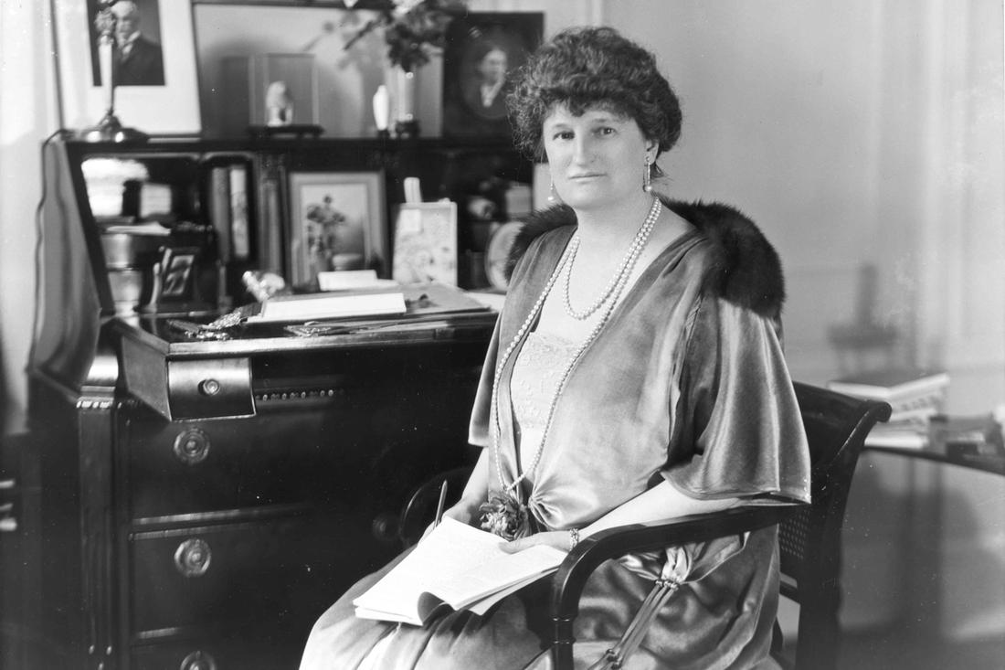 Abby Aldrich Rockefeller (Mrs. John D. Rockefeller Jr.) seated at her desk. 1922. Photo by H.T. Koshiba. Courtesy of the Rockefeller Archive Center.