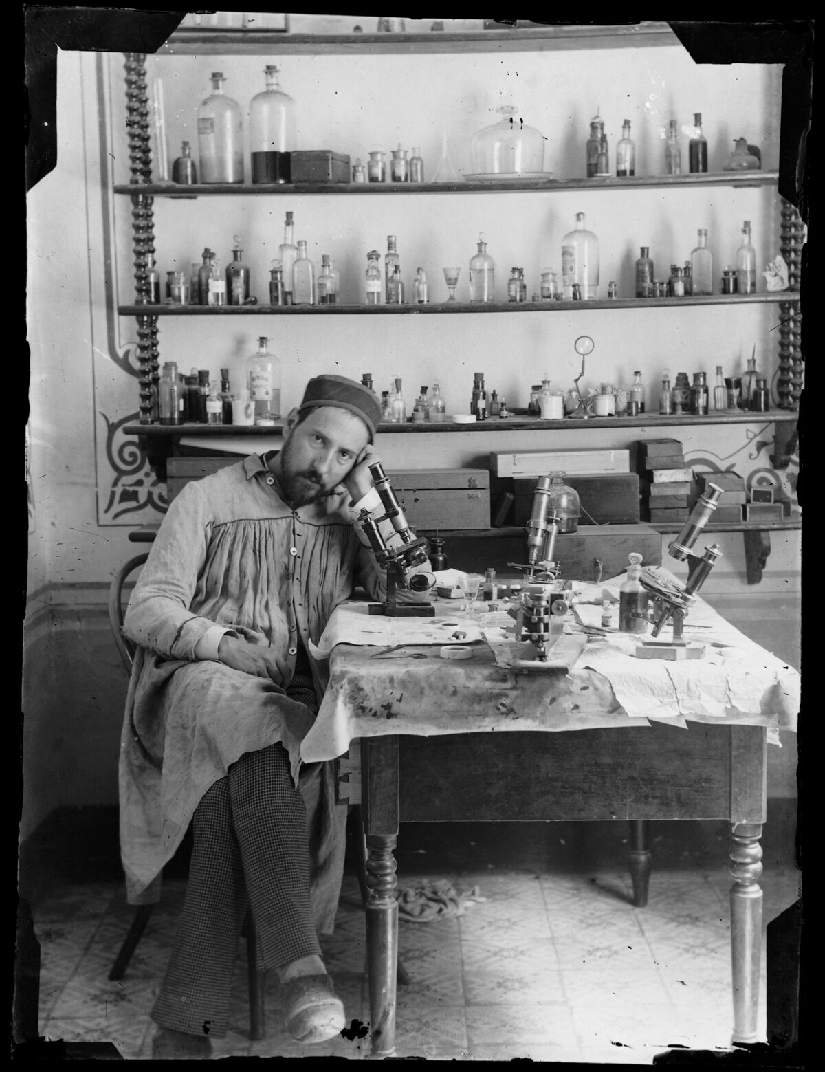 Self-portrait of Santiago Ramón y Cajal, taken by Cajal in his laboratory in Valencia when he was in his early thirties, c. 1885. Courtesy of Cajal Institute (CSIC), Madrid.