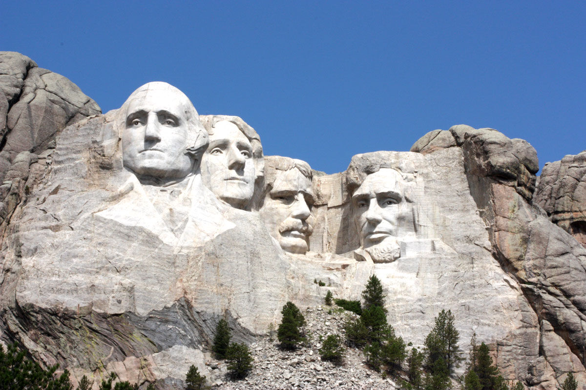 Photo of Mount Rushmore via by Lisa Thao, via Flickr.