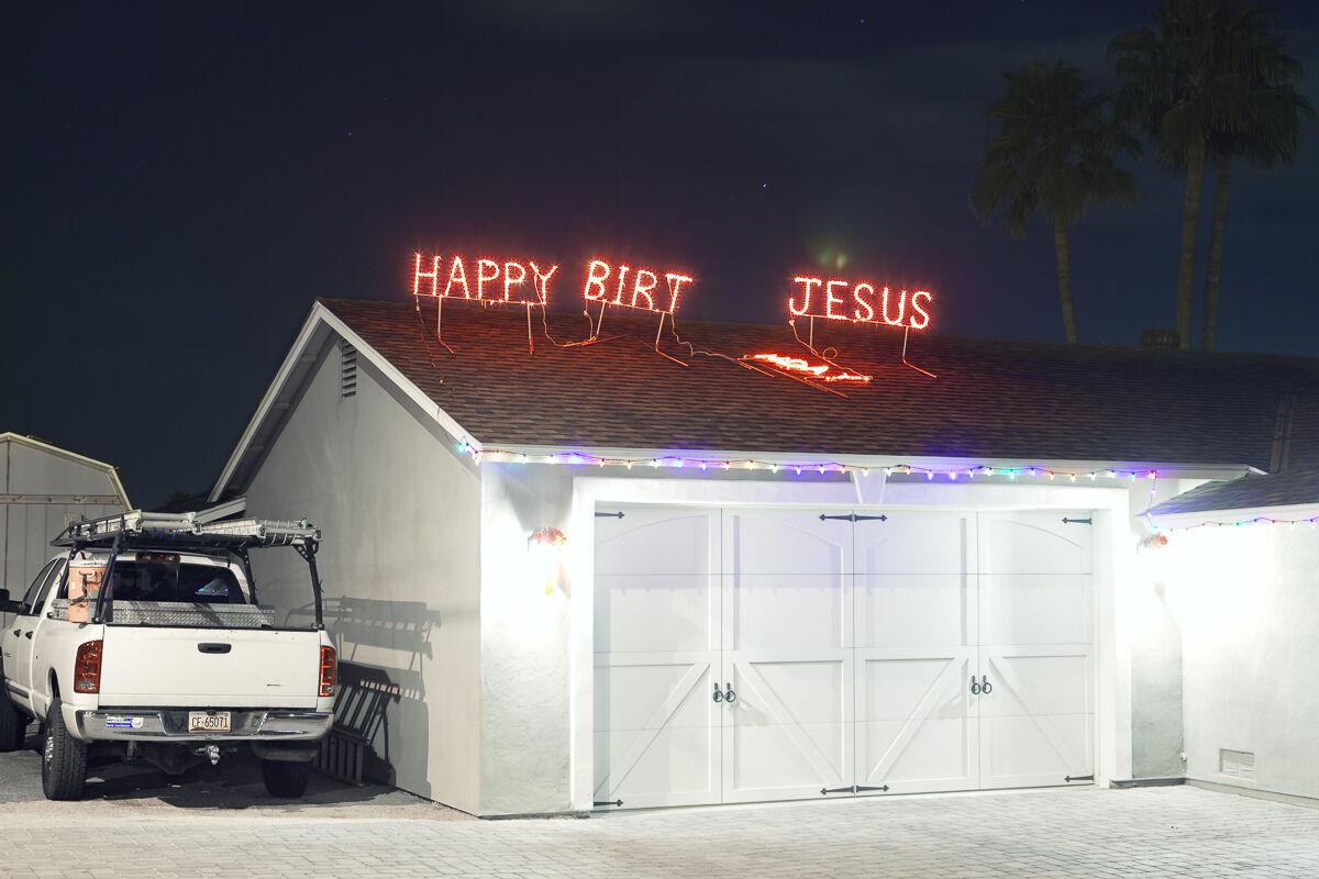 Jesse Rieser, Happy Birt Jesus, Phoenix, AZ, 2011. Courtesy of the artist.