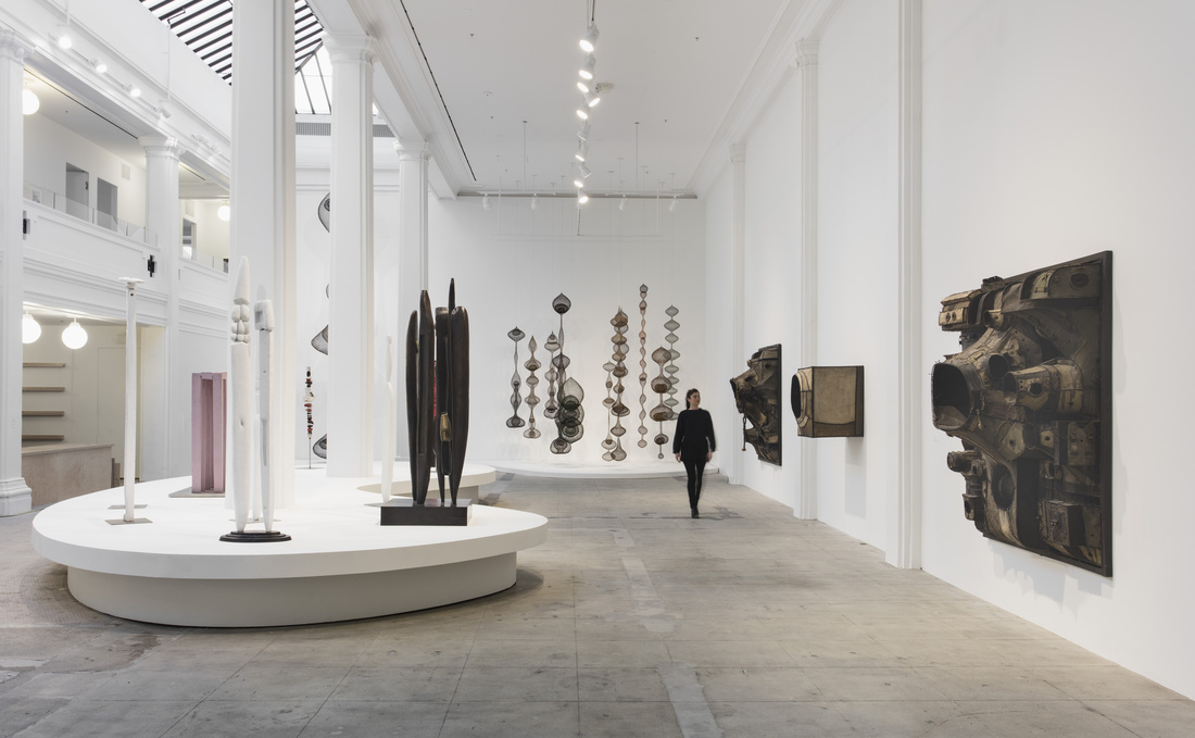 """Installation view of """"Revolution in the Making: Abstract Sculpture by Women, 1947 – 2016"""" at Hauser Wirth & Schimmel, 2016. Courtesy of the artists and Hauser & Wirth. Photo: Brian Forrest."""