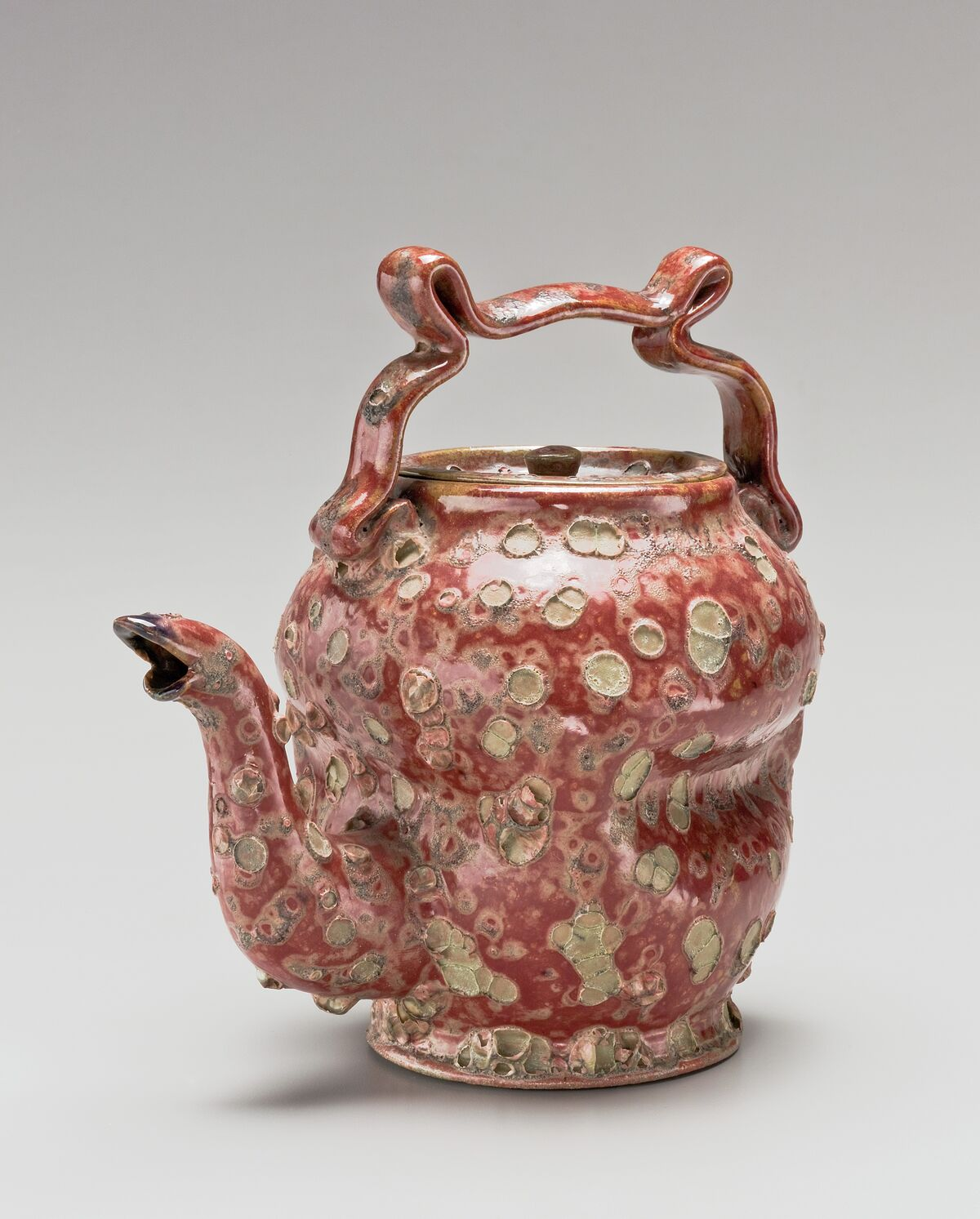 George E. Ohr, Teapot, 1897–1900. Courtesy of the Metropolitan Museum of Art.
