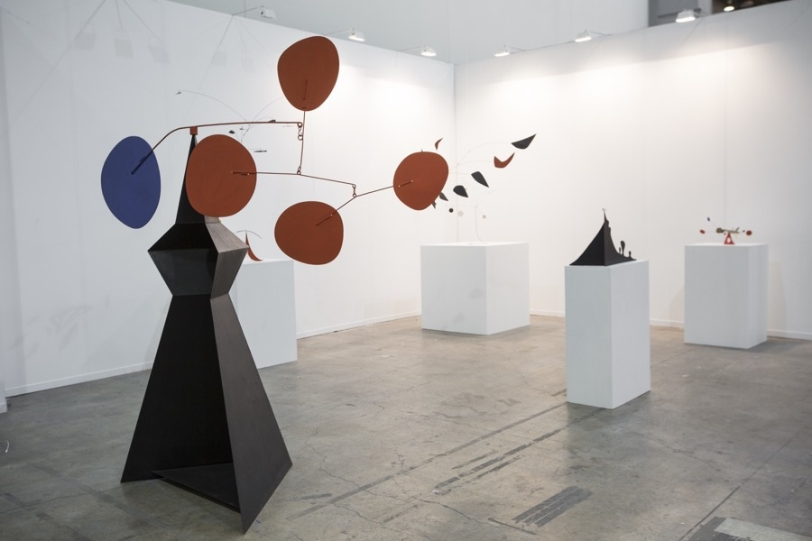 Installation view of Venus's booth at ZsONA MACO, 2016. Courtesy of the gallery.