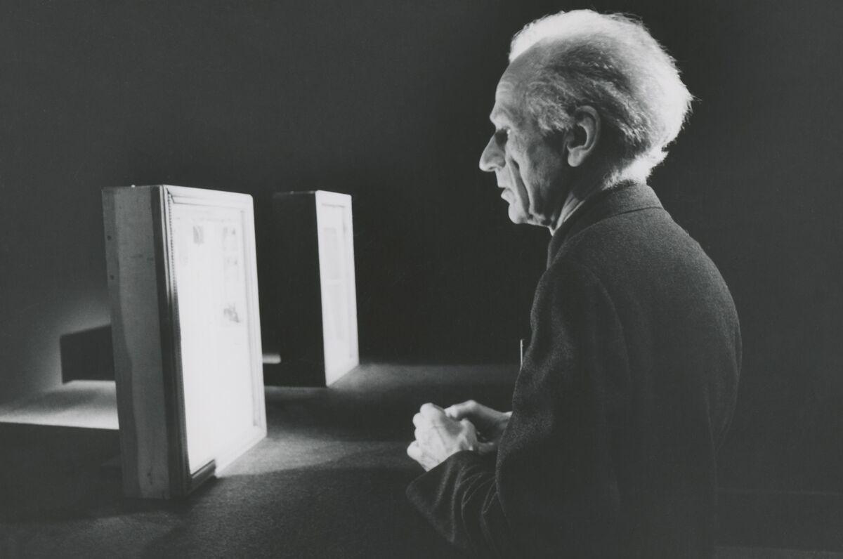 Duane Michals, Joseph Cornell, 1972 © Duane Michals. Courtesy of DC Moore Gallery, New York.