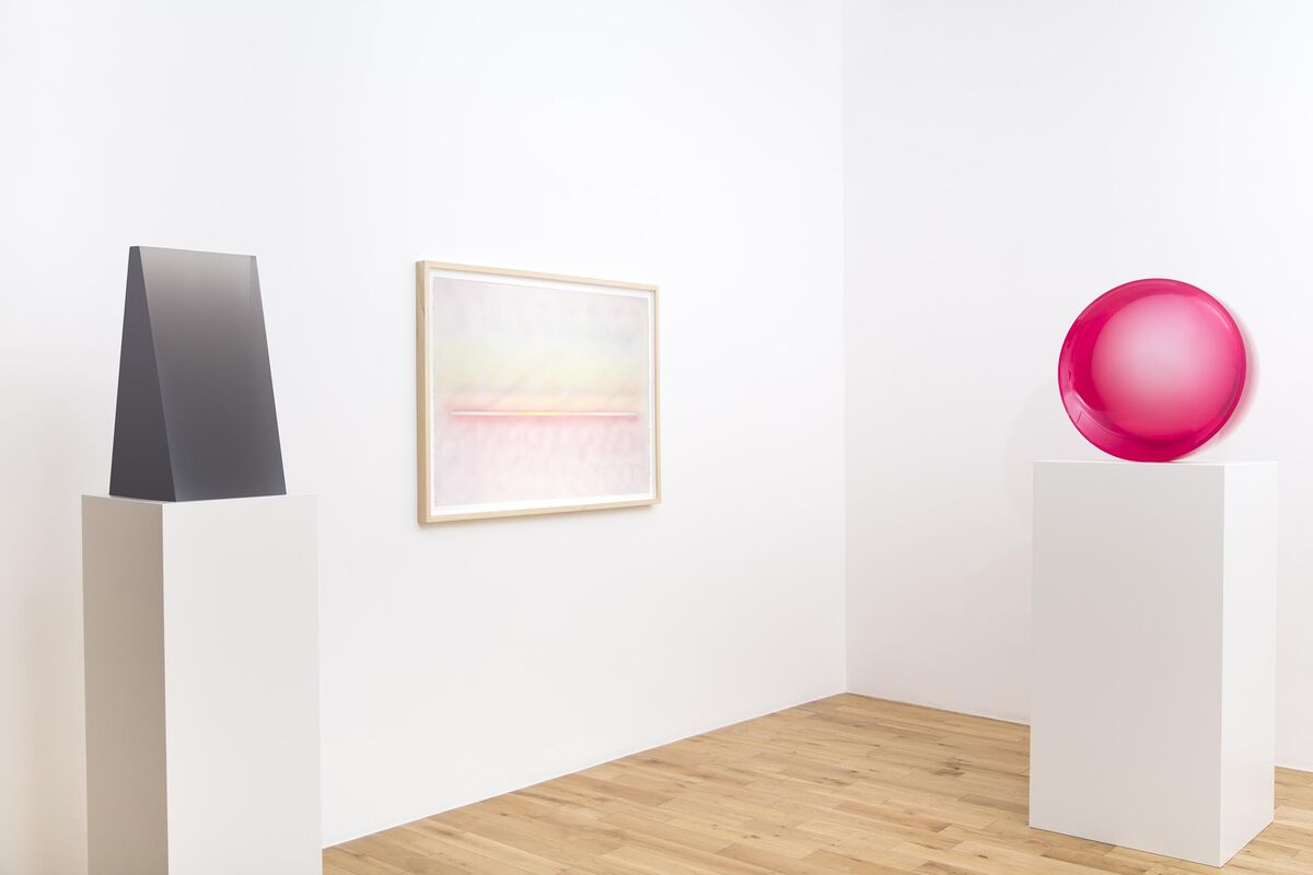 Installation view, DeWain Valentine, Almine Rech Gallery, London. Photo by Melissa Castro Duarte.