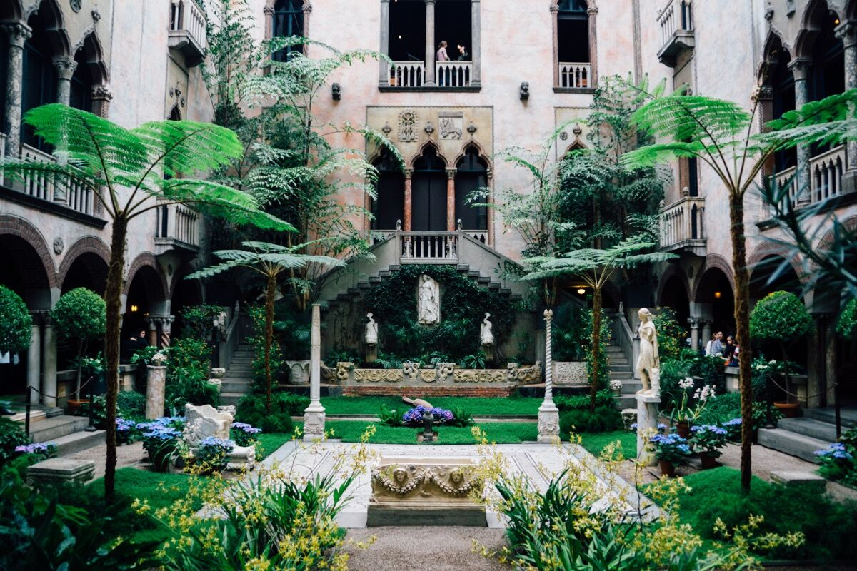 Isabella Stewart Gardner Museum Garden. Photo by Irene de la Torre, via Flickr.
